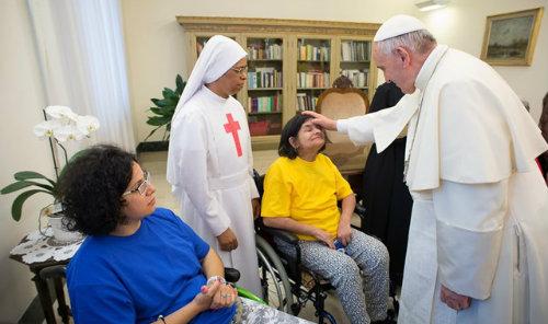 Resultado de imagem para Papa dia mundial do enfermo